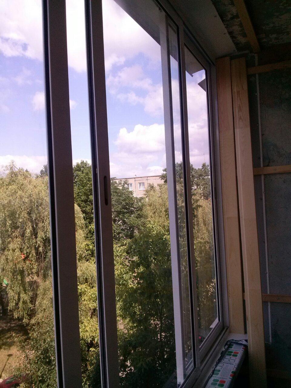 Алюминиевые рамы на балкон: фото алюминиевых рам для балкона.