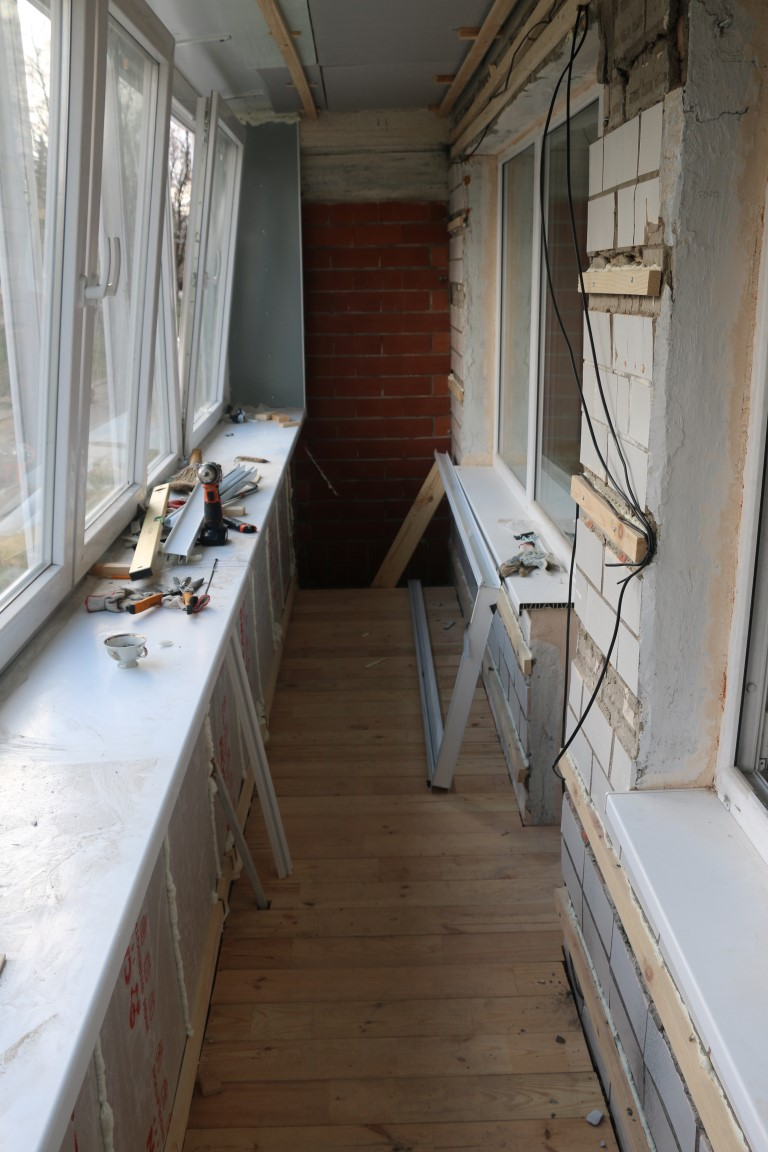 Ремонт балкона в панельном доме: фото ремонта балкона в пане.